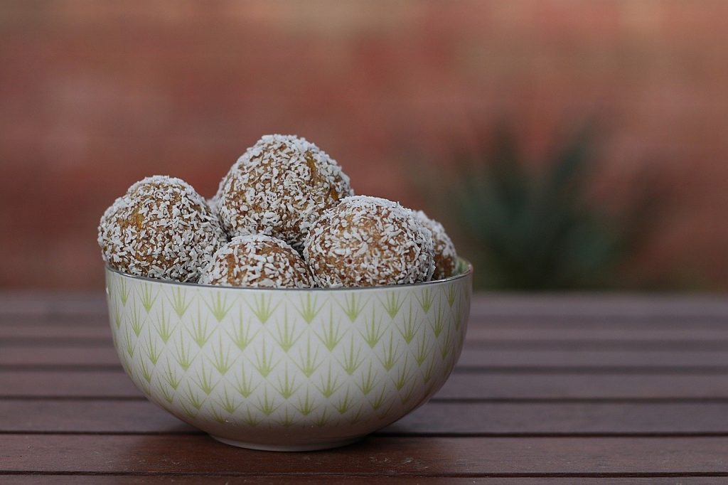 food, protein balls, snacks