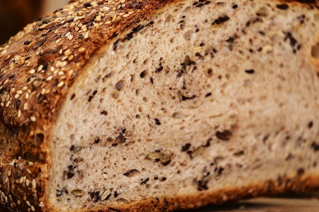 bread, multigrain bread, bread crust